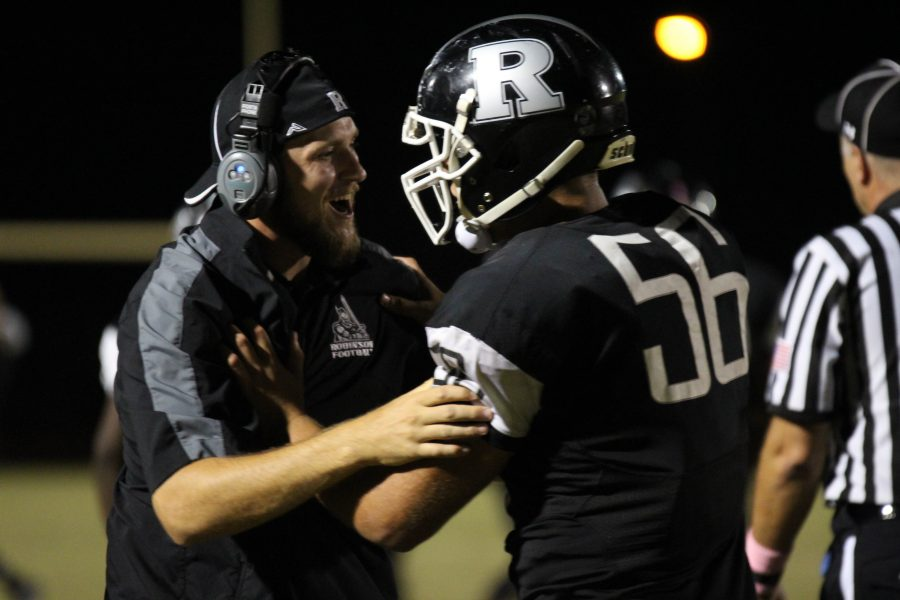 Robinson keeps playoff hopes with 20-12 win over Spoto