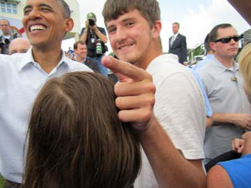 Robinson High School junior Setten Richardson got the opportunity to shake hands with President Obama.