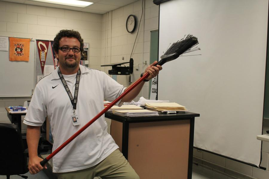 Biology+teacher%2C+Craig+Everhart+is+enthusiastic+about+his+new+position+as+Quidditch+coach.