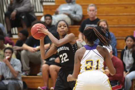 Girls Basketball: Lady Knights Lose to Booker, 46-43