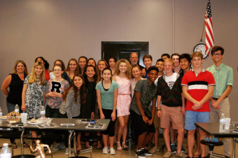 The 2015 cross country team at the post-season banquet.