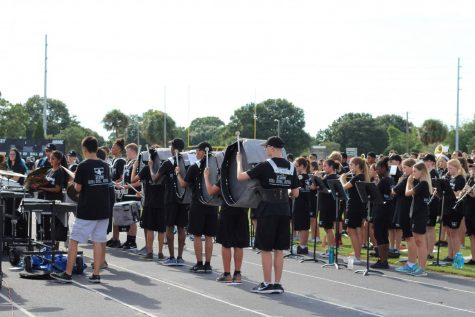 Marching band debuts new show, The Underdog