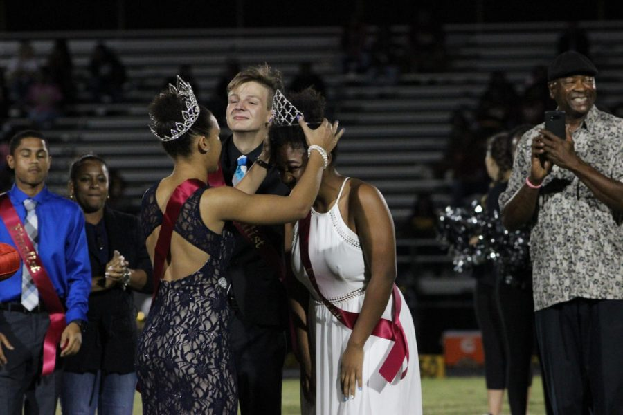 2016 Homecoming Queen Mckenna Tyson crowns 2017 Queen Zjala Phelps during the Homecoming game against Middleton.