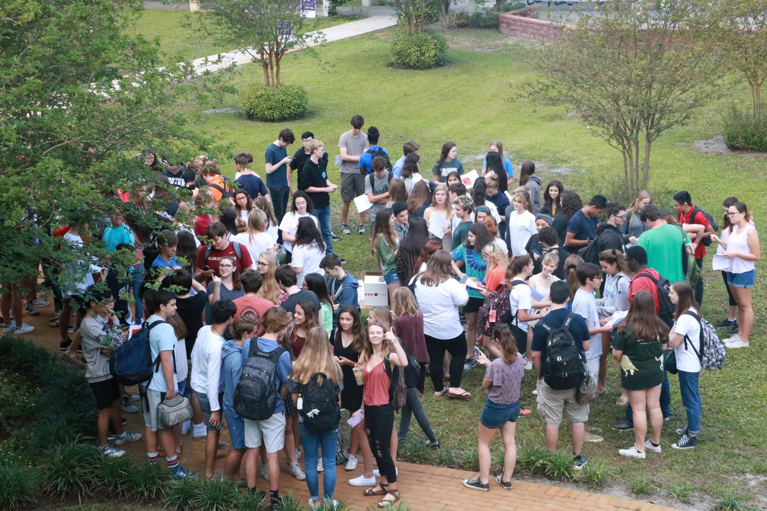 Students walkout for gun reform.