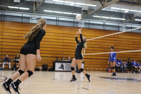 Photo Gallery: Robinson volleyball beats Jefferson 3-0
