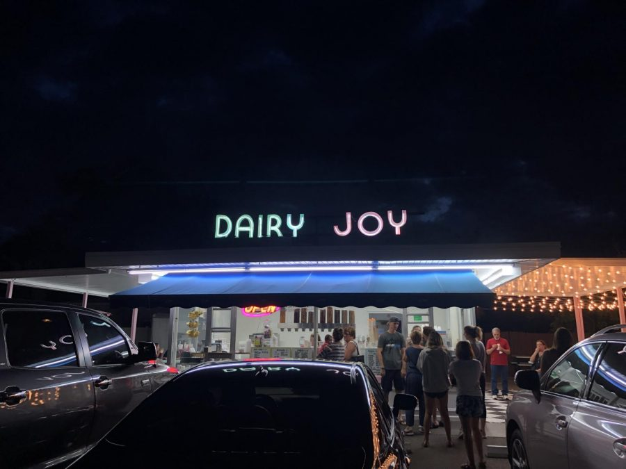 Dairy+Joy%2C+is+an+ice+cream+shop+in+South+Tampa+that+is+still+serving+customers.