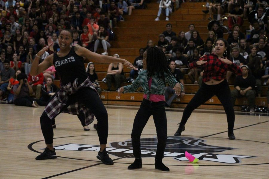 Nikki+Lockett+dances+with+her+daughter+at+a+pep+rally+during+the+2018-2019+school+year.