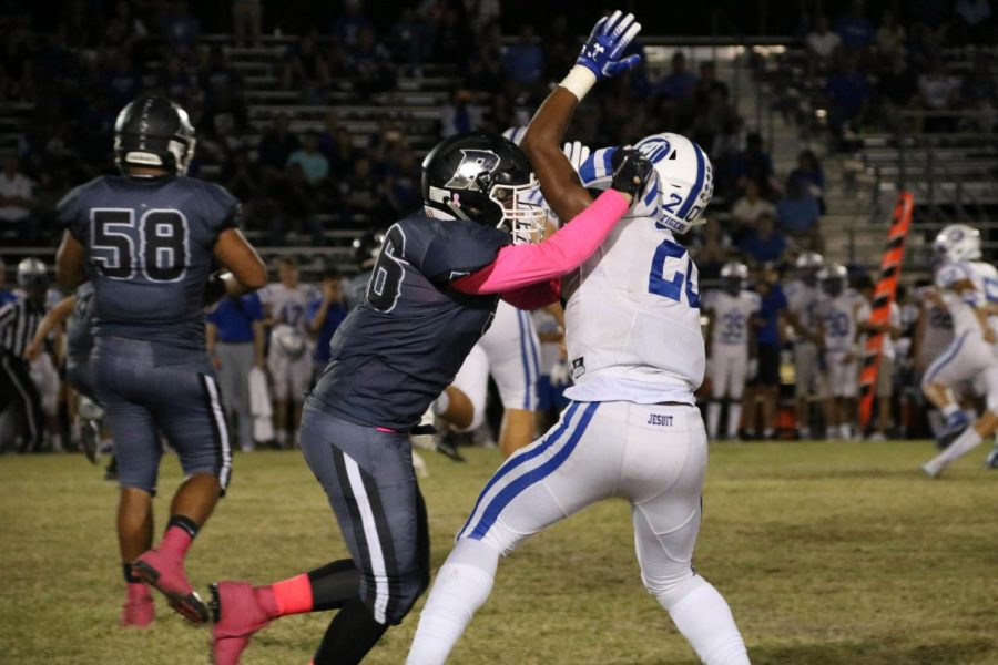 Photo Gallery: Robinson falls to Jesuit