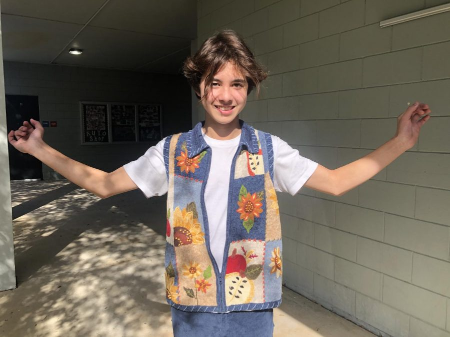 Marvin Roush ('21) shows off his thrifted outfit.