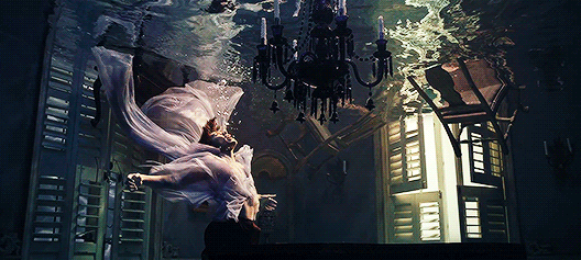 Harry Styles near the end of the video for Falling.