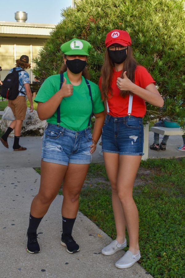 Character Day: Kotryna Haynes ('23) (left) and Alessandra Hollyfield ('23) dressed as Mario and Luigi.