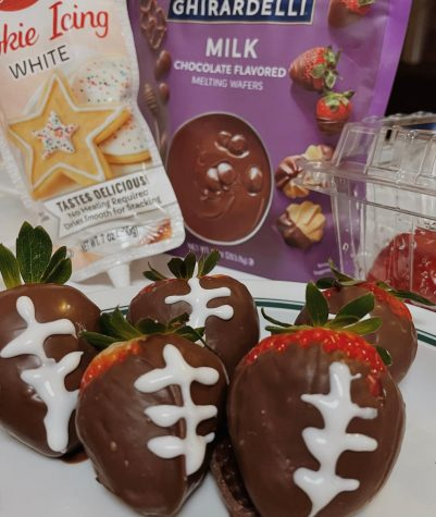 The finished treats, very festive for the Super Bowl!